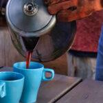 pruttelkoffie-inschenken